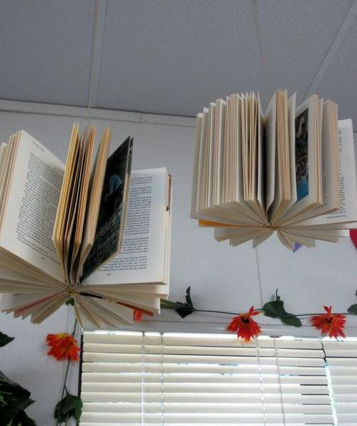 Hanging Books Decor_Bored Teachers